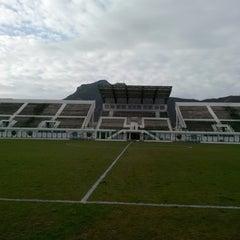 Photo taken at Stade Slaheddine Bey (CSHL) by Rahmichka H. on 11/8/2014