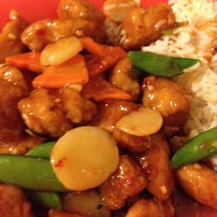 Photo taken at Chef Leo's China Bistro by Jessica J. on 10/7/2012