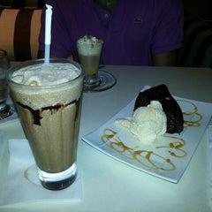 Photo taken at Saquella Espresso Club by Agustin C. on 8/6/2014