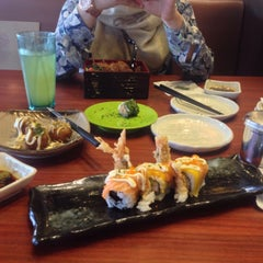 Photo taken at Sushi Tei by Miss T. on 2/27/2015