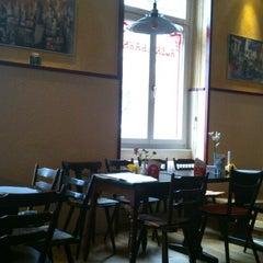 Photo taken at Restaurant Auerhahn by Jose Juan V. on 4/7/2013