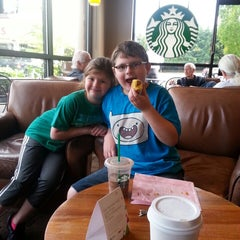 Photo taken at Starbucks by Shannon H. on 6/20/2014