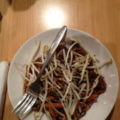 Photo taken at Noodles & Company by Garry K. on 12/9/2012
