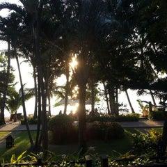Photo taken at Ao Prao Resort (อ่าวพร้าว รีสอร์ท) by meownui K. on 12/3/2012