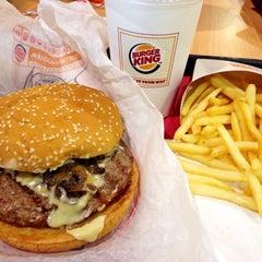 Photo taken at Burger King by Sakura L. on 2/27/2015