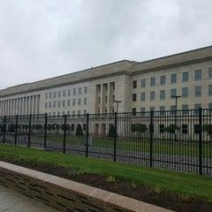 Foto tirada no(a) The Pentagon por Uditha S. em 4/23/2016