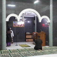 Photo taken at Masjid Al Muhajirin PCI Blok B by YDwi M. on 2/7/2014