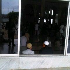 Photo taken at Masjid Agung Darul Falah by dek m. on 11/15/2013