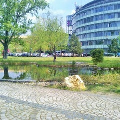 Photo taken at Infopark - G épület - Magyar Telekom by Dorottya P. on 4/7/2014