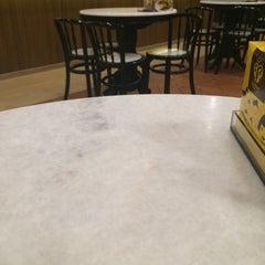 Photo taken at OldTown White Coffee by Arifa N. on 5/19/2015