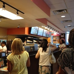 Photo taken at Dunkin' Donuts by Raciel D. on 7/23/2012