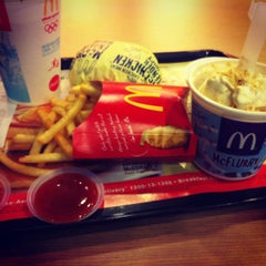 Photo taken at McDonald's by Khairil A. on 4/10/2012