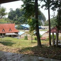 Photo taken at Kem Taman Etnobotani by Ahmad I. on 3/29/2012