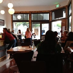 Photo taken at Fiore Caffè by Yvonne H. on 7/4/2012
