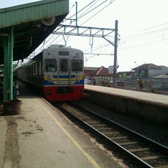 Photo taken at Stasiun Cilebut by hartanto on 9/11/2012