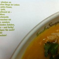 Das Foto wurde bei Fresh Soup & Salad von Niko V. am 5/16/2012 aufgenommen