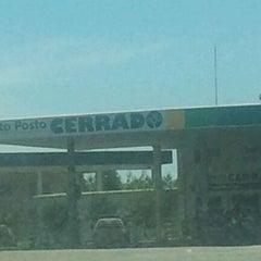Photo taken at Auto Posto Cerrado by nandobrasilia on 3/7/2012