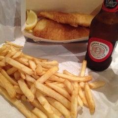 Photo taken at Kangaroo Island Fresh Seafood by Chris R. on 8/28/2012