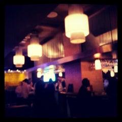 Photo taken at Eddie V's Prime Seafood by Tony B. on 4/12/2012
