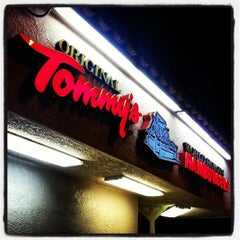 Photo taken at Original Tommy's Hamburgers by Brady S. on 4/20/2013