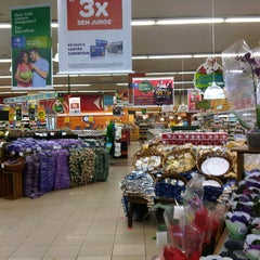 Photo taken at Carrefour Bairro by Fabio D. on 11/25/2012