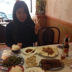 Photo taken at Tian Tian Wang by Geoffrey L. on 5/2/2014