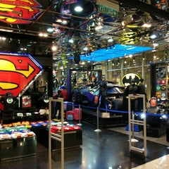 Photo taken at DC Comics Super Heroes by Stefan P. on 5/8/2016
