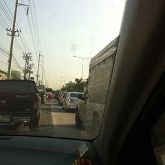 Photo taken at Toyota JD Car กัลปพฤกษ์ by NANNETY☆ on 10/30/2012