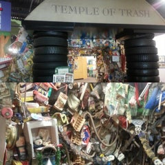 Photo taken at CT RRA Trash Museum by Kristian W. on 8/20/2015