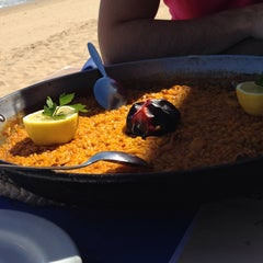 Photo taken at Restaurante Valenti by Adolfo on 4/4/2014
