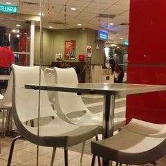 Photo taken at KFC by Razif N. on 11/5/2013