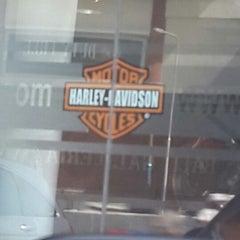 Photo taken at Dewata Harley-Davidson by Fitri M. on 6/9/2014