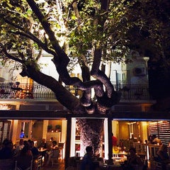 Photo taken at Baroque - Le Bistrot by Giovanni P. on 8/19/2014