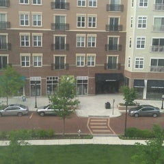 Photo taken at Aloft Richmond West by Rebecca W. on 5/20/2013