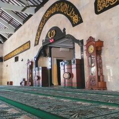 Photo taken at Masjid Agung Sudirman by Bayu Pradana S. on 3/28/2015