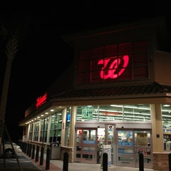 Photo taken at Walgreens by Jrgts on 1/29/2013