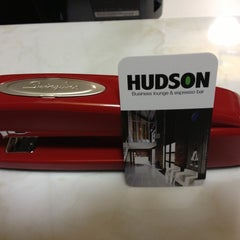 Photo taken at Hudson Business Lounge by Chad L. on 10/20/2012