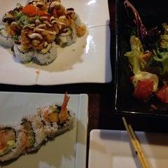 Photo taken at Starfish Sushi by Praew P. on 1/10/2014