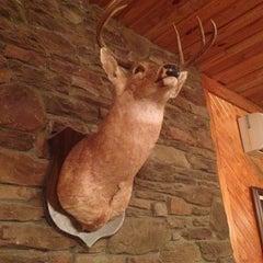 Photo taken at Hudson's Smokehouse by Karen T. on 10/21/2014