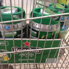 Photo taken at Extra Supermercado by Alê D. on 6/11/2014