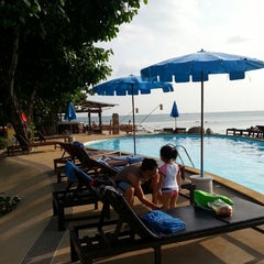 Photo taken at Amantra Resort & Spa Koh Lanta by Yatie Y. on 1/16/2014