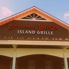 Photo taken at Bahama Breeze by Tanzer V. on 3/10/2013