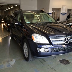 Photo taken at Mercedes-Benz of St. Clair Shores by Gie F. on 4/10/2014