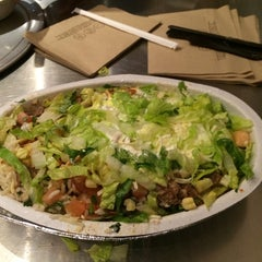 Photo taken at Chipotle Mexican Grill by Hussam A. on 2/21/2014