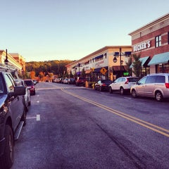 Photo taken at Main Street at Exton by Carlos M. on 10/13/2012