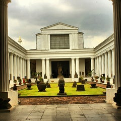 Photo taken at Museum Nasional Indonesia by Muzakir I. on 5/30/2013