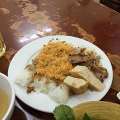 Photo taken at Bánh Cuốn Gia An by EVA T. on 7/17/2014