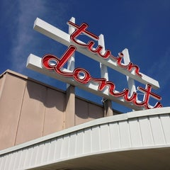 Photo taken at Twin Donuts by Nic G. on 5/18/2013