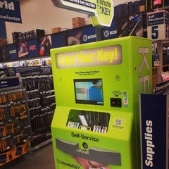 Photo taken at Lowe's Home Improvement by MYKAL™ on 7/22/2014