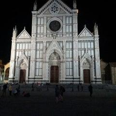Photo taken at Basilica di Santa Croce by Hk J. on 9/26/2012